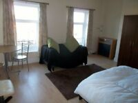 Large Bedsit - All Bills Included