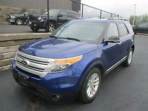 2013 Ford Explorer XLT 4WD! LEATHER! SUNROOF! HEATED+POWER SEATS
