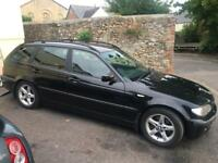 BMW 320d Touring Turbo Diesel Manual in Sapphire Black With Black interior. Extremely Clean!