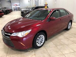 2015 Toyota Camry LE *BLUETOOTH*MAGS*CRUISE**