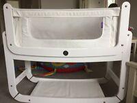 SnuzPod 2 - very good condition including mattress