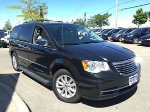 2016 Chrysler Town & Country Limited**DUAL DVD**NAVIGATION *