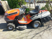 Husqvarna CTH 163T ride on mower lawn tractor