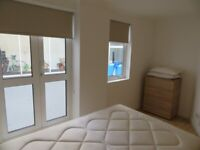 FURNISHED 1 BED APARTMENT TO RENT IN ALDGATE EAST E1 PRIVATE PATIO COUPLES PROFESSIONALS