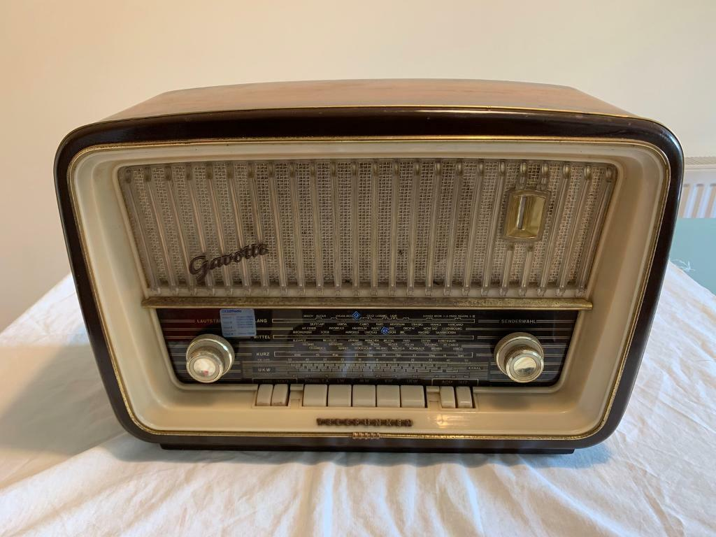 Antique Radio Telefunken Gavotte 8 Export Vintage Retro