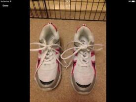 Marks & Spencer girls trainers size UK 2