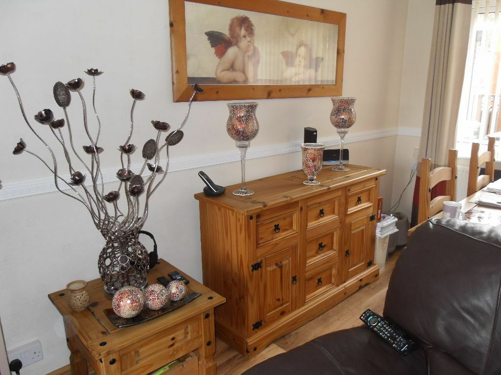 Pine Living Room Furniture Sets: Corona Pine Living Room Furniture, Dining Table & Chairs