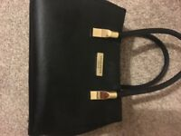 Good condition ted baker handbag, barely used £12