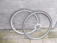 Hybrid bicycle wheelset