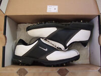 Nike Heritage Golf Shoes.