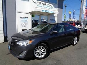 2013 Toyota Camry XLE Nav, Sunroof, Leather, Blind Spot Monitori