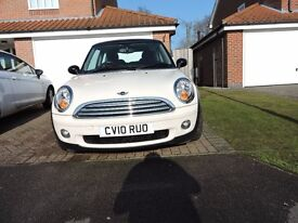 MINI COOPER 2010 1.6 AUTO IN BEAUTIFUL CONDITION