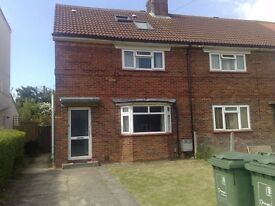 A 6 bedroom house to let in Headington available for new academic year 2017-2018.