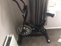 Motiv 8 spin bike excellent condition