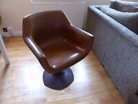 4 Vintage Sebel Hobnob swivel chairs in brilliant condition