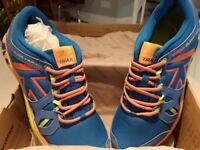 KARRIMOR TRAIL BOYS/MENS RUNNING TRAINERS SIZE 9 BLUE AND ORANGE/YELLOW