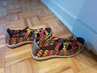 Sandales multicores grandeur 6