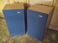 RETRO/VINTAGE- PAIR SOLAVOX PR30 LOUDSPEAKER SYSTEMS- 3 WAY- REAL WOOD CABINET- EXCELLENT CONDITION