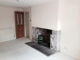 2 bedroom unfurnished character cottage to let in Redland.