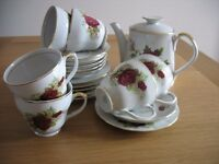 1970's CHINA TEA SET - 20 PIECES