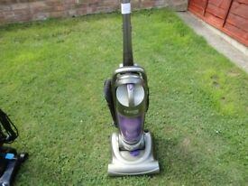 hoover 1600 e with drop down handle in good working order