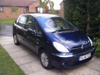 A STUNNING CITROEN XSARA PICASSO EXCLUSIVE HDI (59000 MILES)