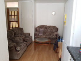 Going....Going....nearly gone! 1 left! 4 bed student house! Inclusive of bills,with cleaner