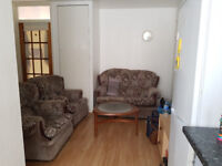 4 bed house. Ideal for students! Inclusive of bills, with cleaner, private landlord, no hidden fees