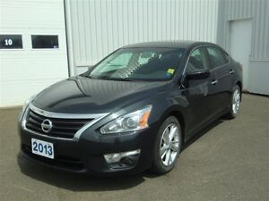 2013 Nissan Altima 2.5 SV-MOON ROOF