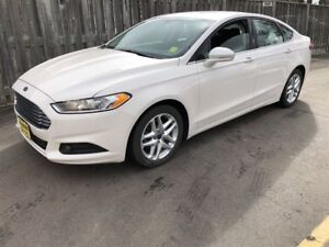 2016 Ford Fusion SE, Automatic, Back Up Camera