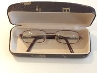 Genuine Gucci adults prescription glasses & Gucci case