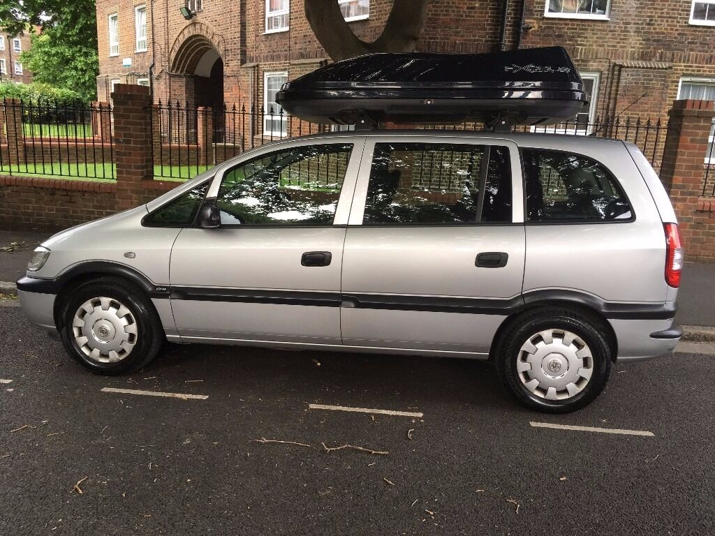 Vauxhall Zafira 7 Seater 2005 With Roof Box And 2 Monitor And Dvd In The 2 Back Seats Built In