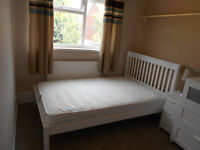 Small Double Room To Rent - Chepstow