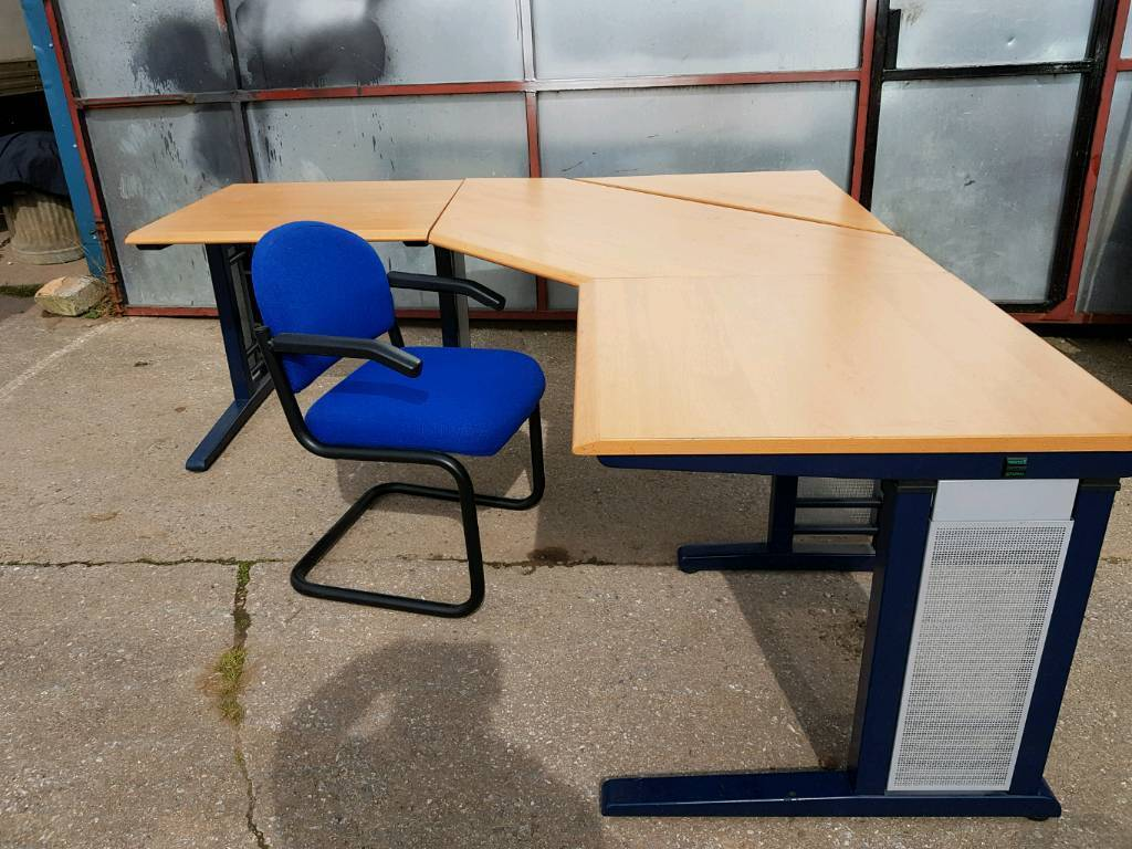 Huge Office Desk And Chair