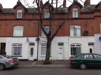 Ainsworth Avenue, Belfast . BT13 3EP. DSS FAMILY WANTED!!!! Negotiable Deposit!!!!