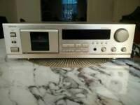 DENON CASSETTE PLAYER DRM-550 IN GOLD