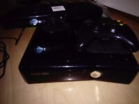 Xbox 360 slim 250 gb, games, kinect and 3 controllers!!