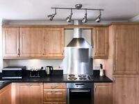 Beautiful 2 bed apartment fully managed all bills include,wifi, linen, cleaner included sleeps 6