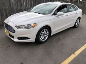 2015 Ford Fusion SE, Automatic, Sunroof, Back Up Camera
