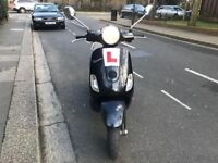 PIAGGIO VESPA LX 125cc BLACK 2005 low mileage excellent runner
