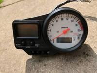 Yamaha R6 clocks