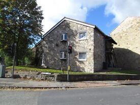 Large 2 bedroom first floor flat to rent on the York side of Tadcaster