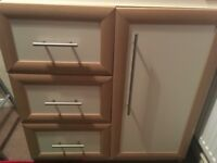 Baby changing unit and storage