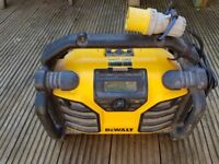 Used Dewalt radio/charger DCR017 110 V