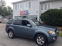 2011 Ford Escape Limited Beautiful, like new!