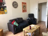 Very Large fully furnished 2/3 bedroom upper flat to rent NO DSS, CHILDREN OR PETS