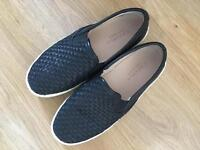 Carvela shoes , size 4