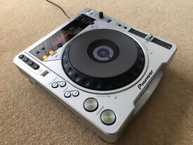 1 X Pioneer CDJ 800 MK2 With Power Cable