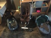 Quinny Buzz Pram, Carry Cot and Maxi Cosi Pebble Car Seat