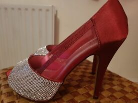 High Heels UK size 6
